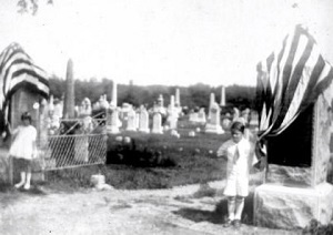 Dedication of the Smith Gateway, Union Cemetery June 14, 1927 Warren J. Gates (left) Josephine Havens Knox (right)